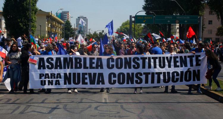 Mesa de Unidad Social explicó el proceso para nueva Constitución en Concepción - TVU