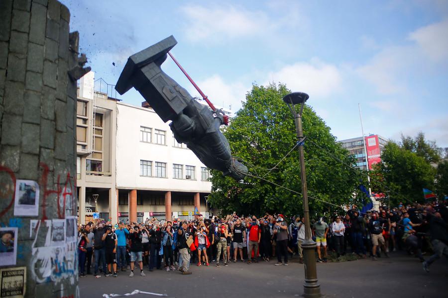¿Volverá la escultura de Pedro de Valdivia a la plaza Independencia de Concepción? - TVU